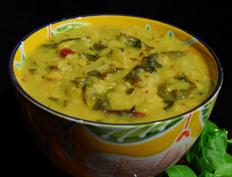 Mango Spinach Dal – Mamidikaya Palakura Pappu