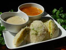 Potato Stuffed Idli – Bangaladumpa Idlilu