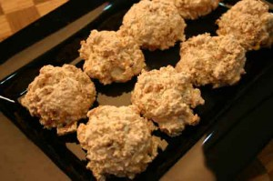 Macaroons (with Walnuts and Cornflakes)