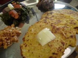 Makki Di Roti (Punjabi Corn Flour Bread)