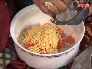 Raagi Pindi Thapala Chekkalu
