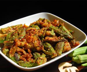 Bendakaya Vellulli Karam Recipe