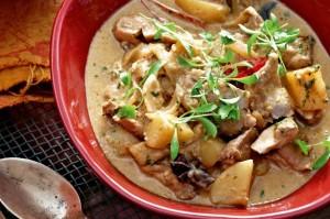 Chicken massaman curry (Massaman gai)
