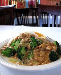 Thai Praram Chicken