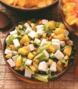 Leafy Salad with Warm Creamy Dressing
