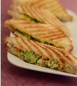 Cabbage, Carrot and Paneer Grill Sandwich