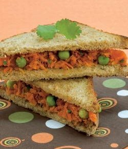 Carrot and Green Peas Sandwich ( Sandwiches )