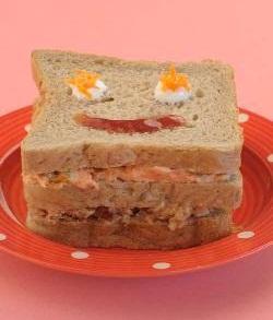 Carrot, Apple-n-date Sandwich