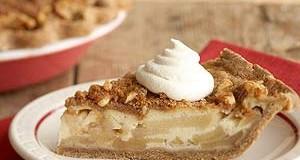 Gingerbread apple pie