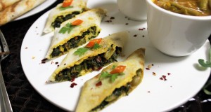 Stuffed Spinach Dosa